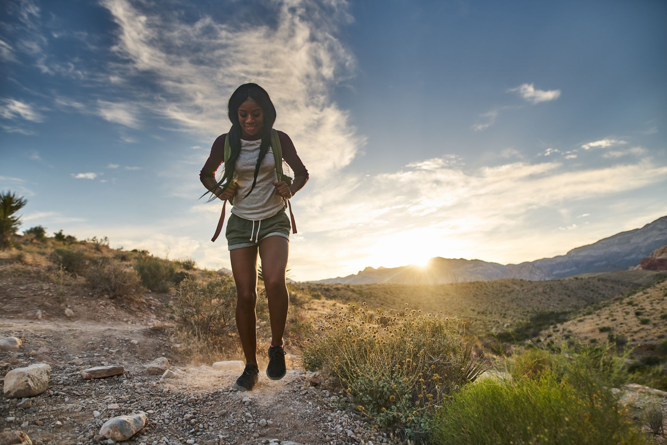 How many calories are burned while hiking