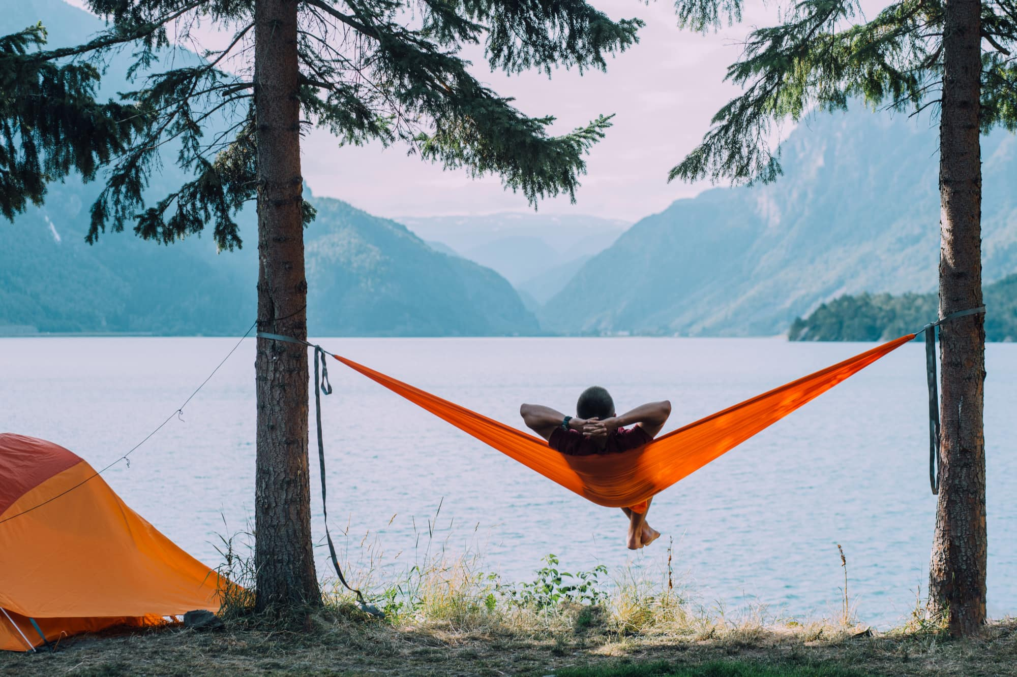 What-you-need-to-stay-warm-camping-at-night-5
